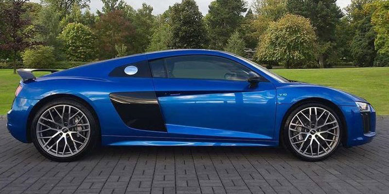 rent an audi r8 v10 coupe london pb supercar hire. Black Bedroom Furniture Sets. Home Design Ideas