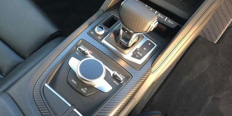 Audi R8 V10 Coupe Gears