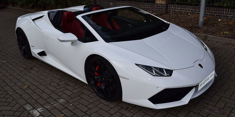 lamborghini huracan cabriolet hire hire a lamborghini cabriolet at pb supercars. Black Bedroom Furniture Sets. Home Design Ideas