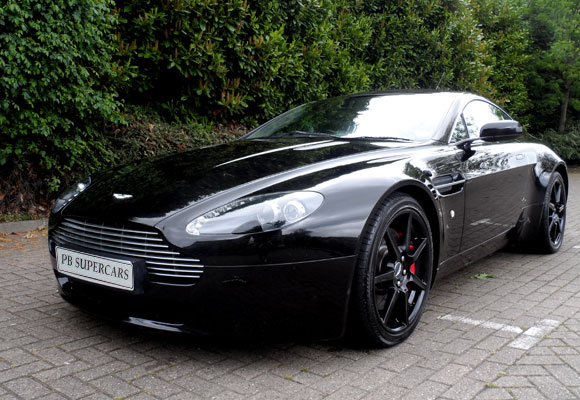 aston martin amv8 vantage coupe. Black Bedroom Furniture Sets. Home Design Ideas